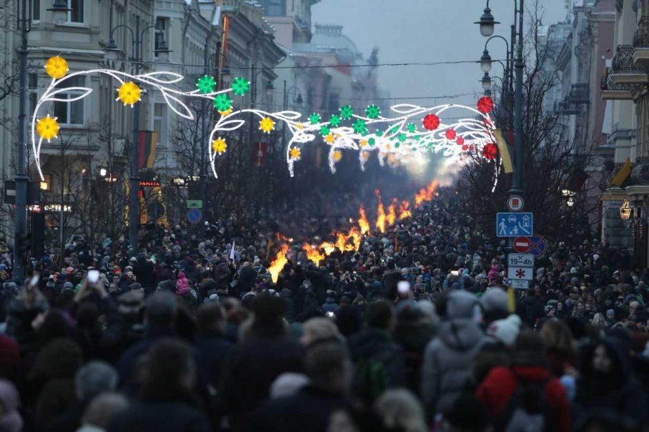"""Katedros aikštėje – Baltijos šalių fotografijos paroda """"Šimtmečio kelias"""""""