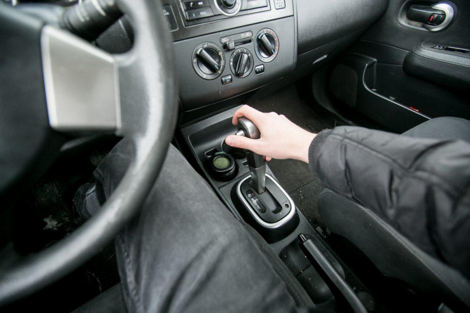 Vairuotojų simpatijos – automatinėms pavarų dėžėms