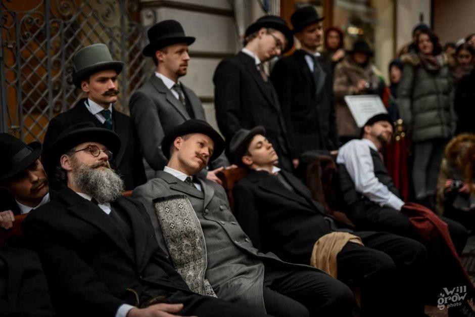 Vasario 16-ąją – teatralizuota signatarų eisena Vilniaus gatvėmis