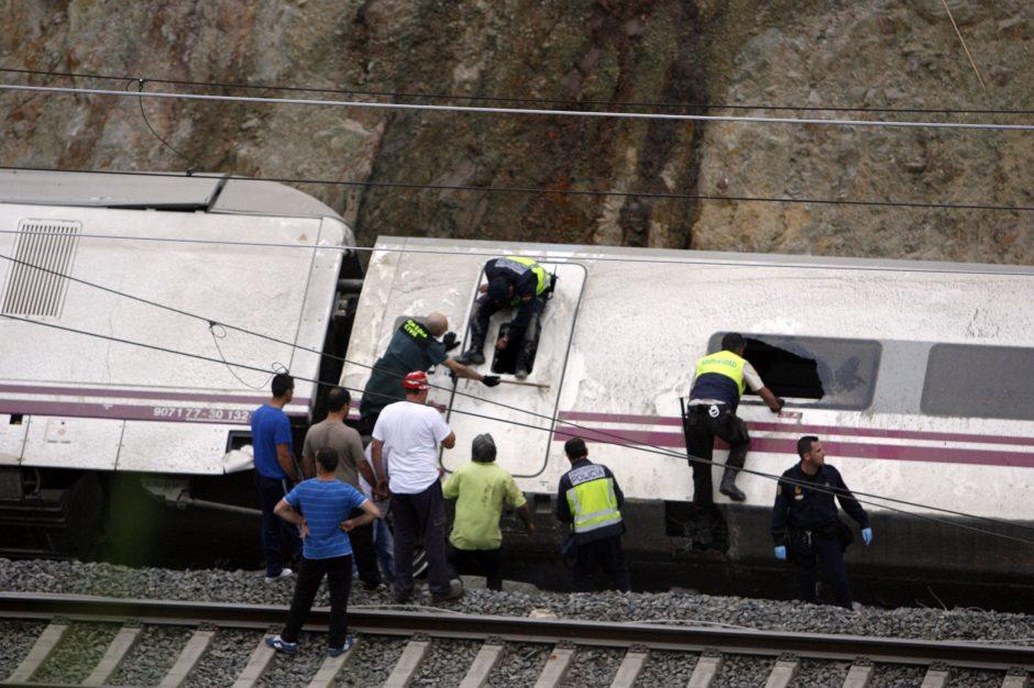 Traukinio katastrofa netoli Santjago de Kompostelos: 11 paskutinių kelionės sekundžių