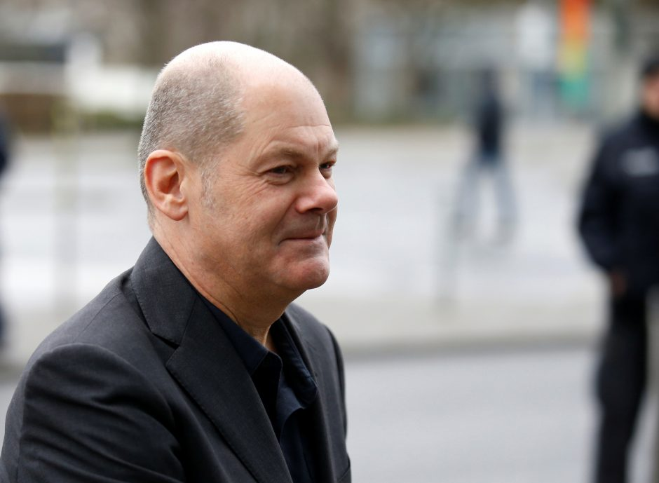 Vokietijos socialdemokratai laikinuoju lyderiu išsirinko Hamburgo merą O. Scholzą