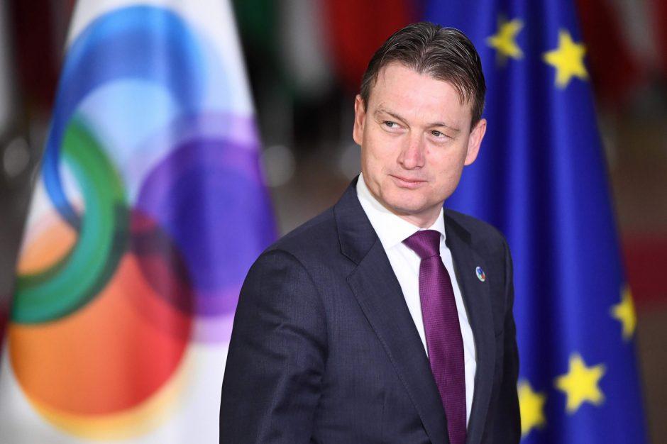 Atsistatydino Nyderlandų diplomatijos vadovas, melavęs apie susitikimą su V. Putinu