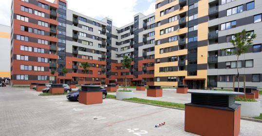 Sostinėje mažėja tarifas už daugiabučių namų šildymo ir karšto vandens sistemos priežiūrą