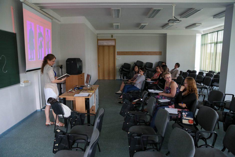 Studentai iš užsienio skuba mokytis lietuvių kalbos