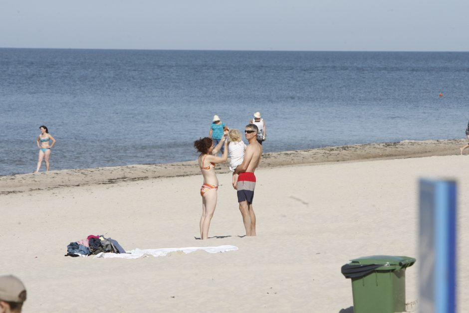 Pliažuose nebeliks suolų ir persirengimo kabinų