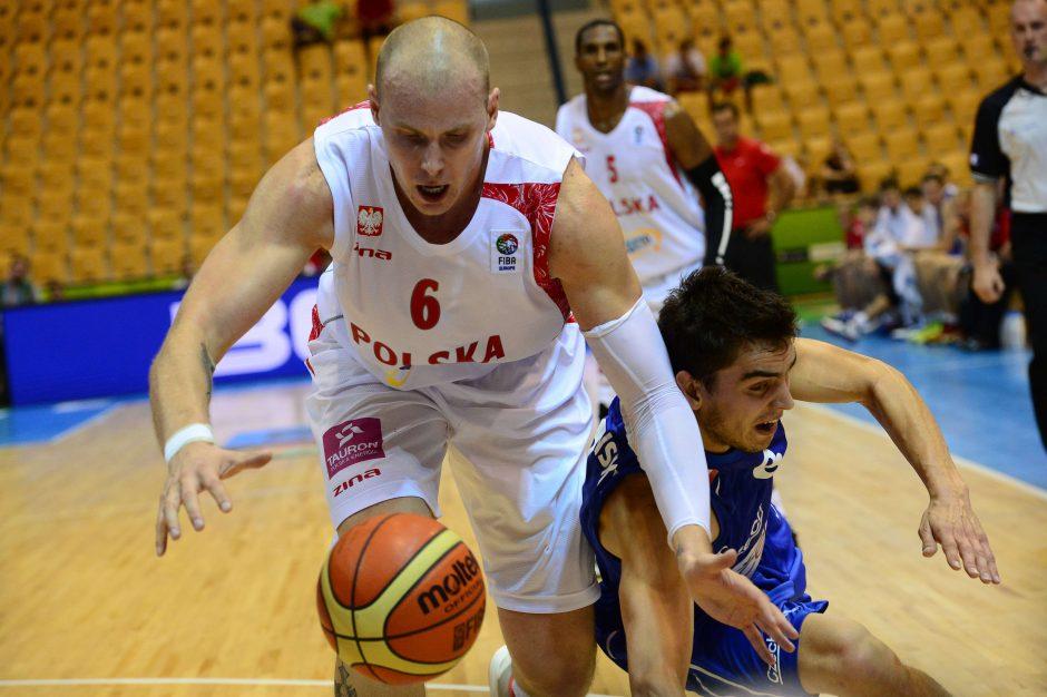 Čekijos krepšininkai po permainingos kovos nukovė lenkus