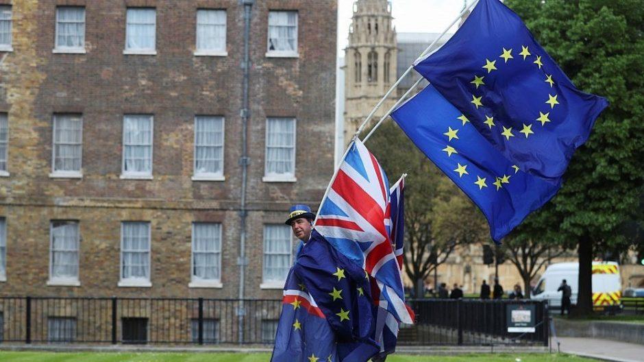 """Škotijos parlamentas atmetė JK """"Brexit"""" įstatymą"""