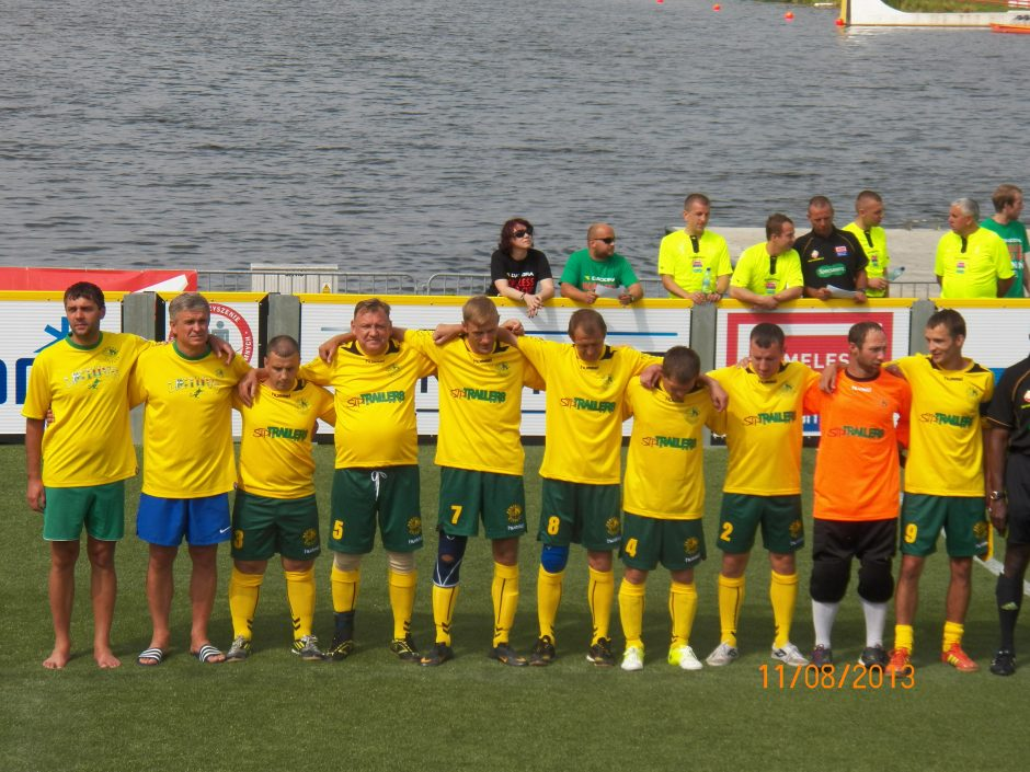 Lietuvos rinktinė sėkmingai kovoja Pasaulio benamių futbolo čempionate Poznanėje