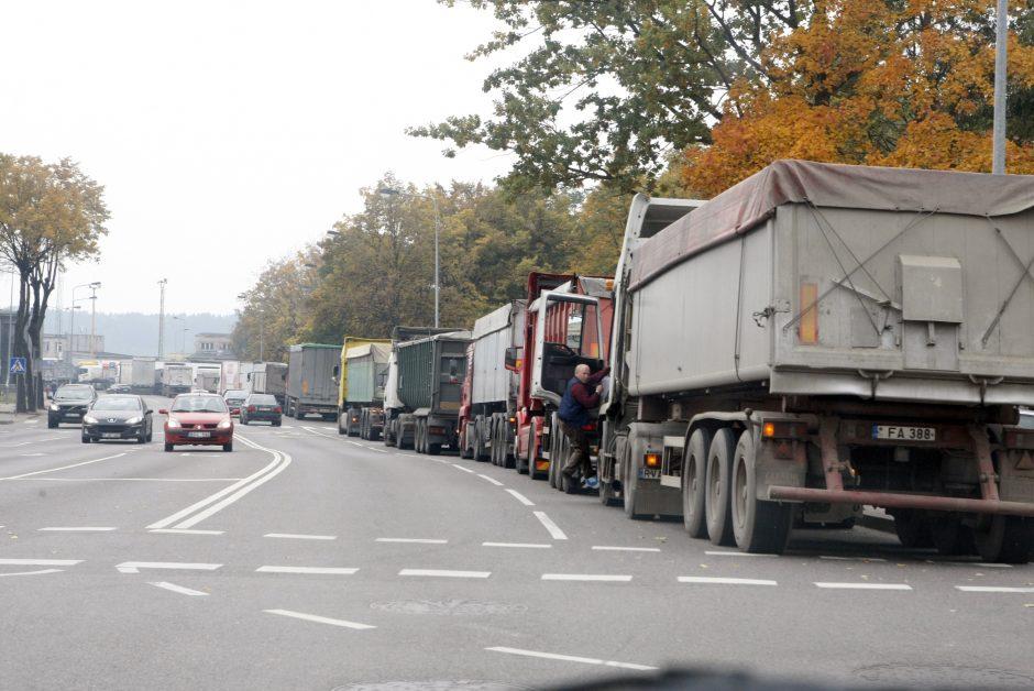 Grūdų kroviniai plūsta į uostą