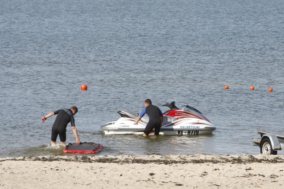 Gelbėtojai vaikus mokė saugaus elgesio jūroje