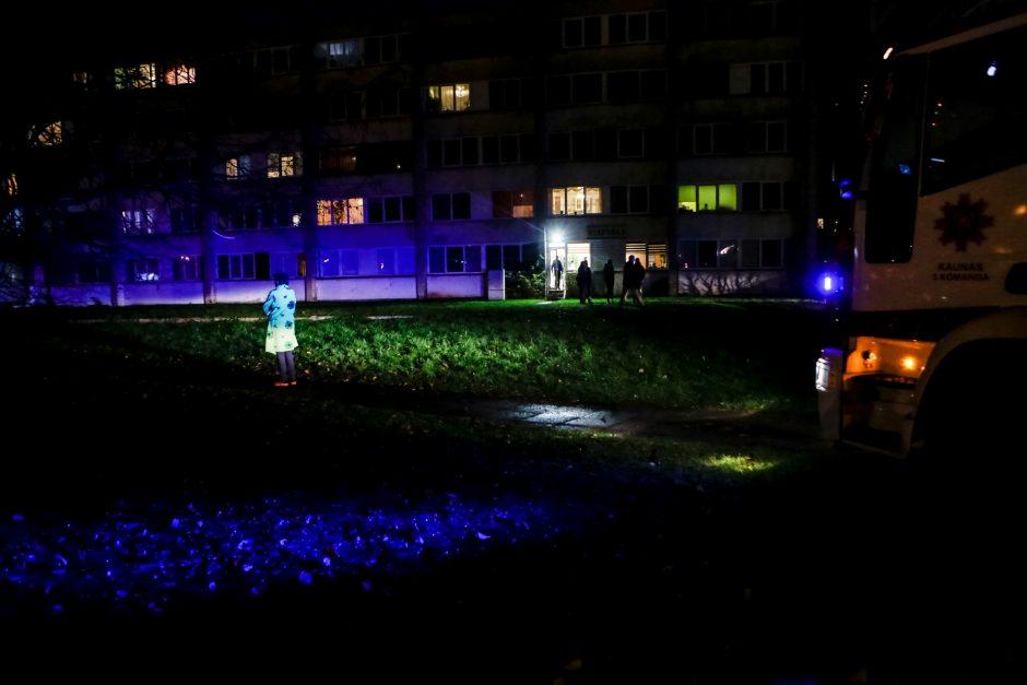 Per gaisrą Dainavoje nukentėjo trys žmonės