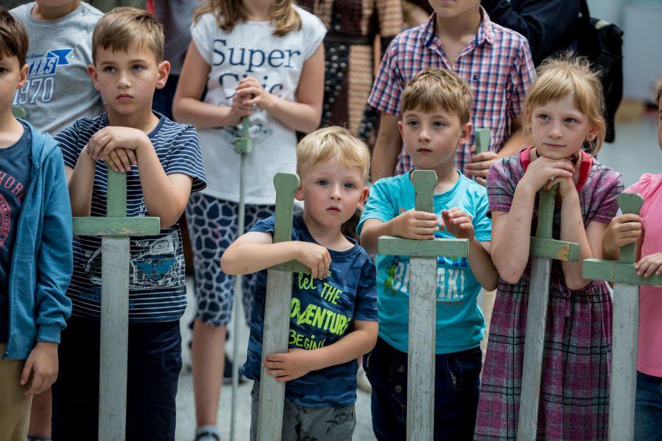 Vaikai žaidė Žalgirio mūšį