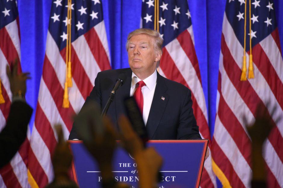D. Trumpas: neturiu reikalų su Rusija, verslą perdaviau sūnums