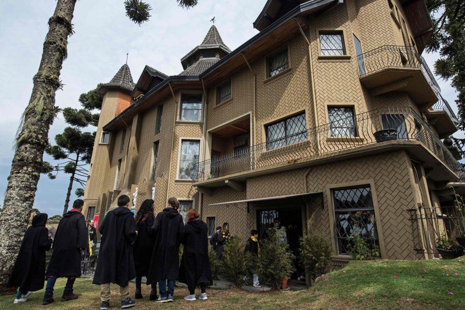 Brazilijos pilyje veikia Hogvartsą primenanti burtininkų mokykla