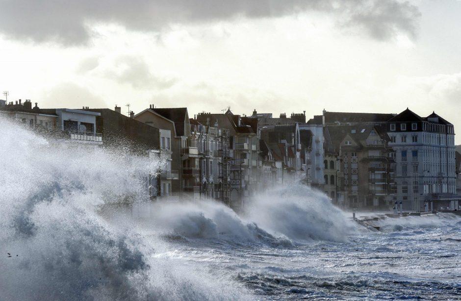 Europoje siautėjo audra