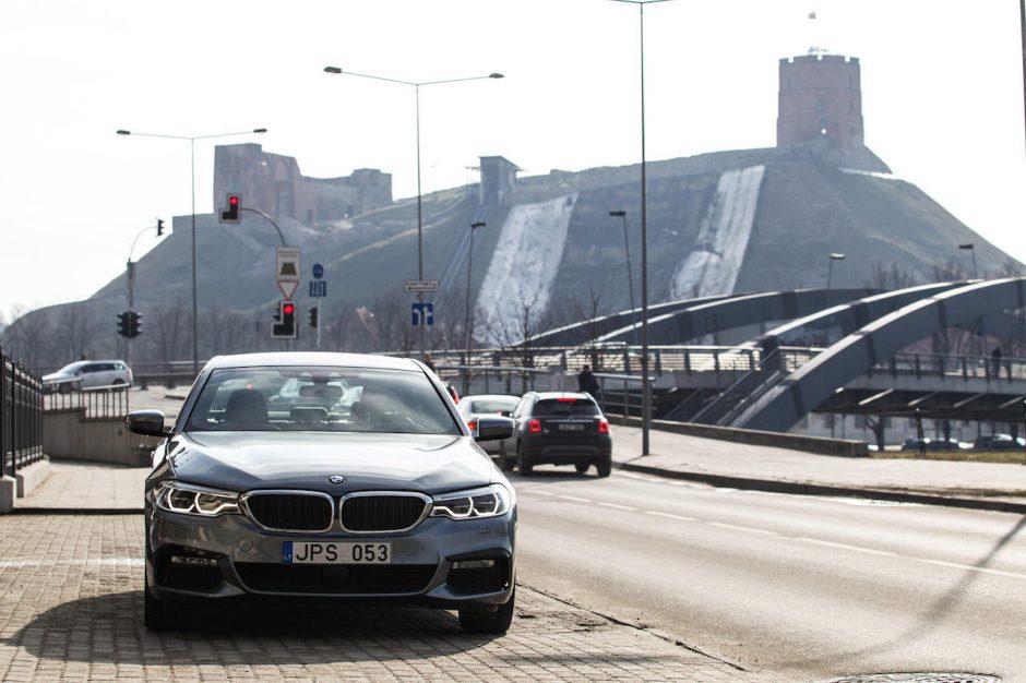 """Lietuvoje – veržliojo ,,BMW 5"""" premjera"""