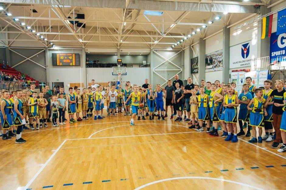 """""""Tornado"""" krepšinio mokykla mini 15 metų jubiliejų"""