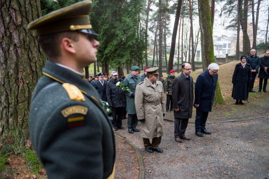 Vilniuje pagerbtos Pirmojo ir Antrojo pasaulinių karų aukos