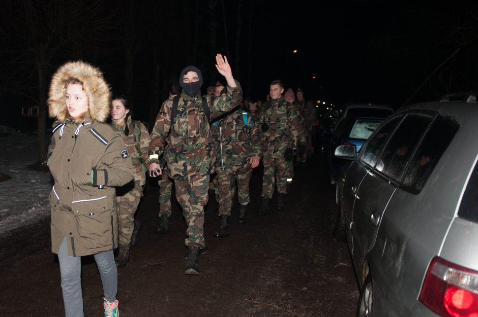 Į naktinį žygį partizanų takais leidosi daugiau nei 1,2 tūkst. žygeivių