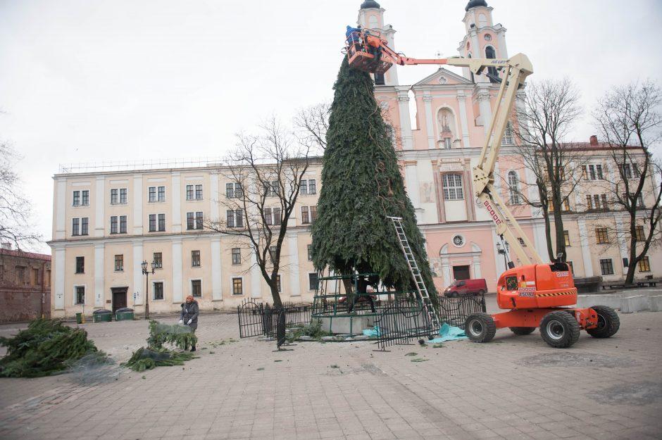Kauno Kalėdų eglutės nupuošimas