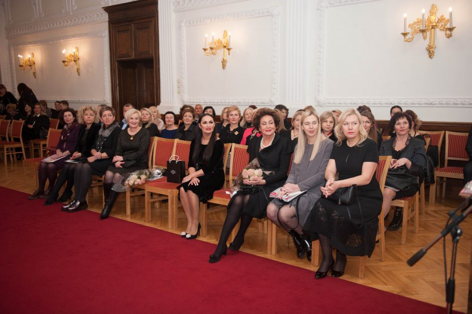 Kauno moterų klubas