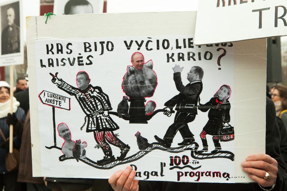 Protesto akcija dėl Vyčio paminklo