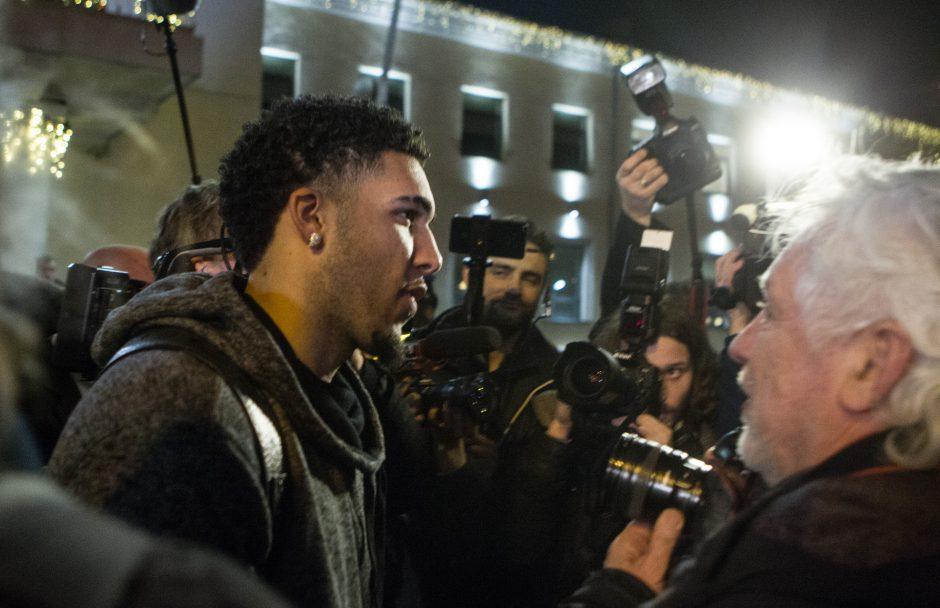Į Lietuvą atvykusios JAV įžymybės Prienus vadina stotele NBA link