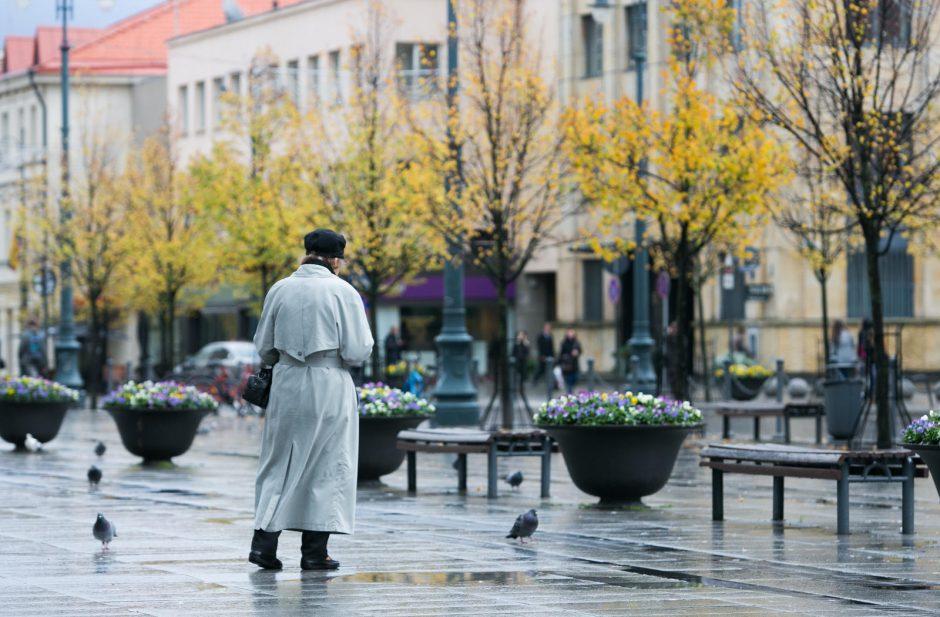 Saulę Vilniuje keičia lietus