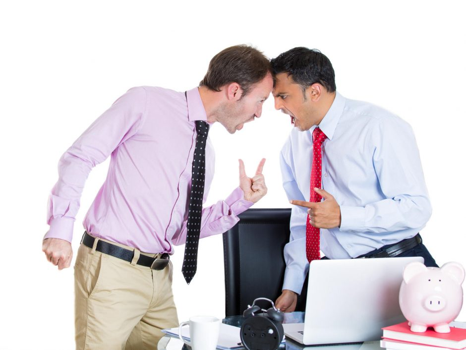 Įmonių veikla dvelkia įtarimais