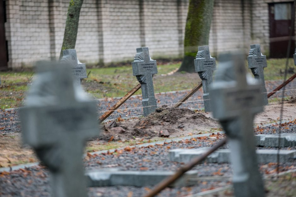 Šančiuose kyla prieš daugiau nei 50 metų sovietų nušluoti kryžiai