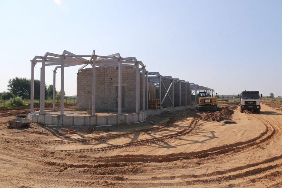 Aerodrome kyla naujo pastato kontūrai