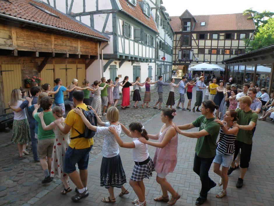 """""""Etnoreidas"""" kviečia šokti, gilintis ir išbandyti kantrybę"""