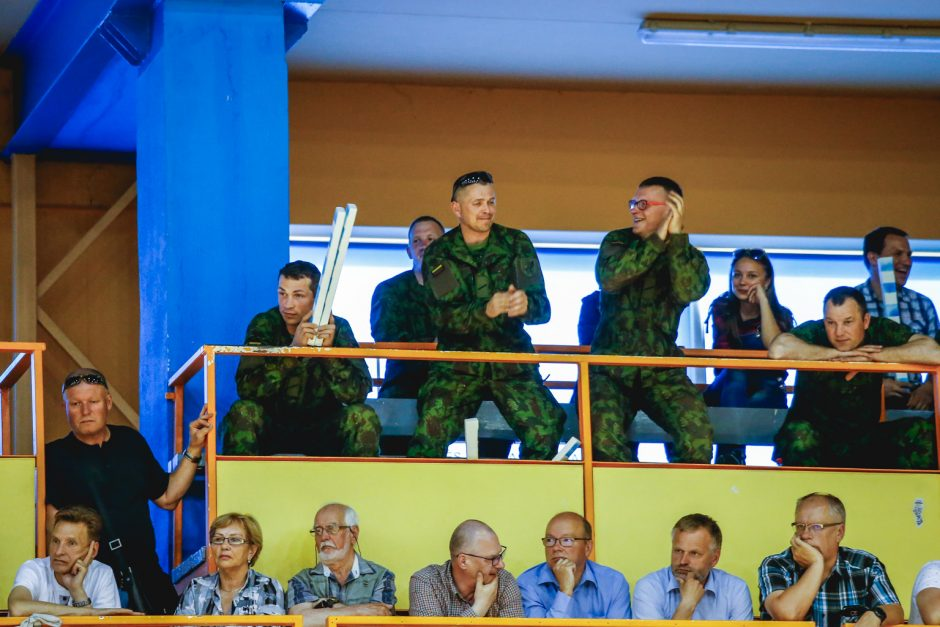 A. Juškėnas: labai džiaugiamės, kad į rankinio rungtynes sugrįžo žiūrovai