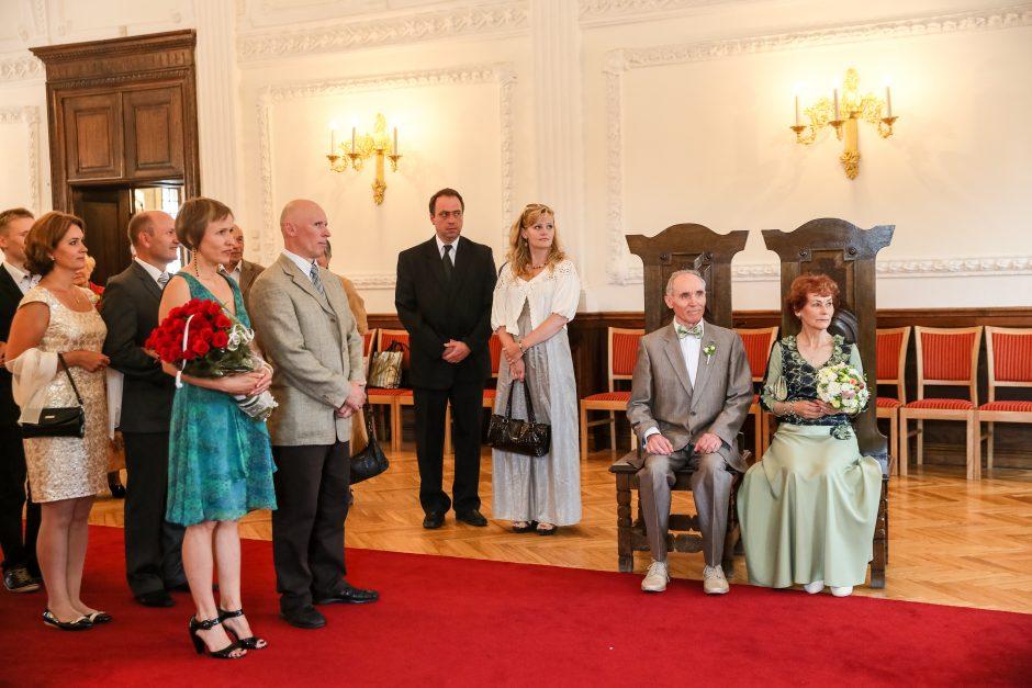 Kauniečių pora švenčia Auksines vestuves