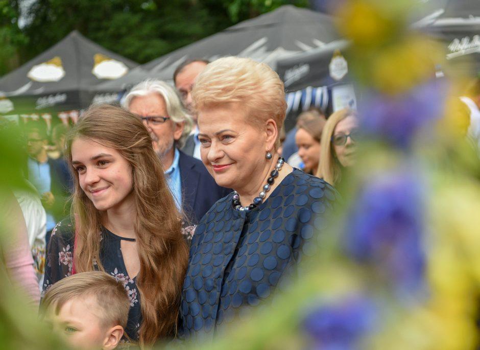 D. Grybauskaitė dalyvavo Vidurvasario šventėje