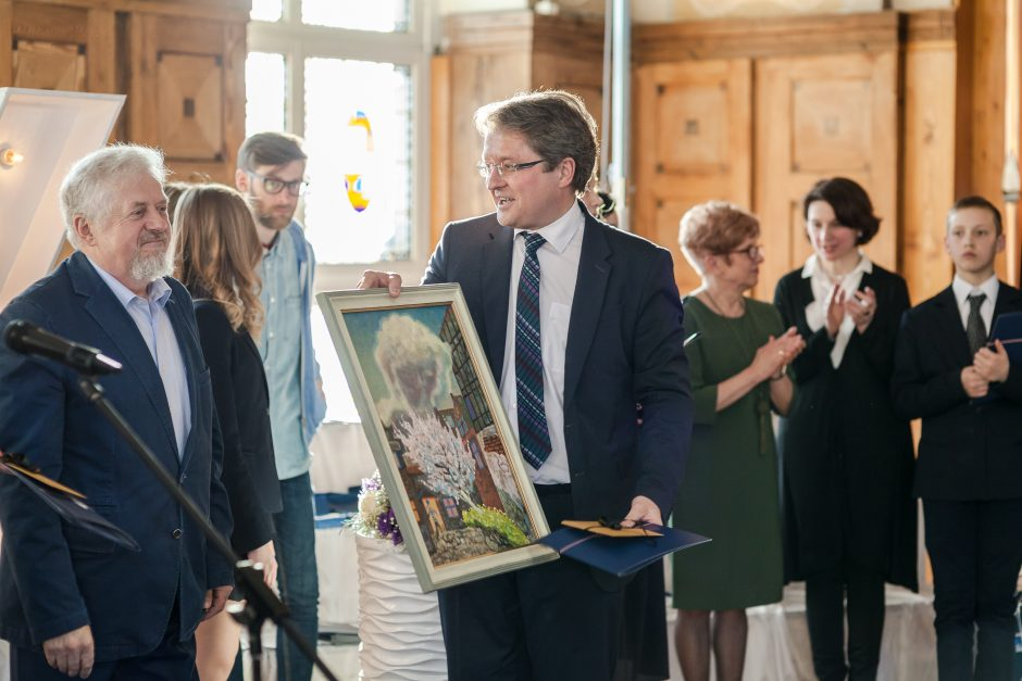 Mėlynojo kilimo šventėje pagerbti Klaipėdos licėjaus lyderiai