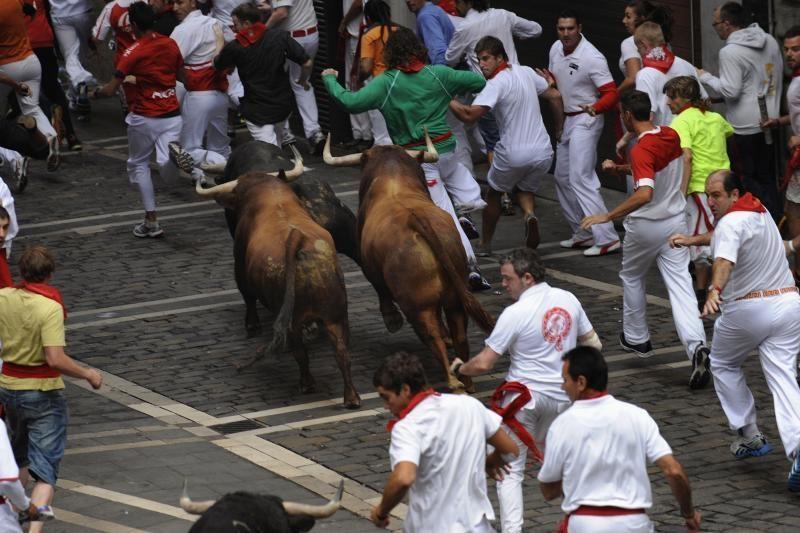 Pamplonoje per bulių bėgimą sužeisti keturi žmonės