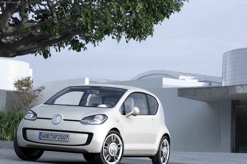 Vagys įžūlėja ir renkasi brangesnes automobilių detales
