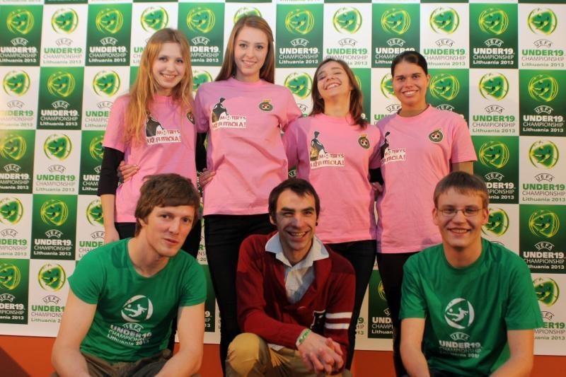 Europos futbolo čempionatas Lietuvoje kviečia tapti savanoriu!