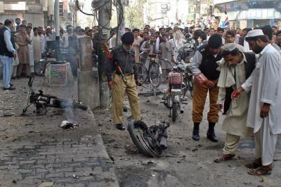 Per susirėmimus Pakistane žuvo dešimtys žmonių