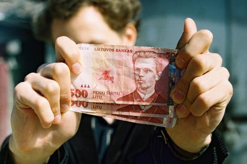 Per 20 mlrd. litų investicijos leis sutaupyti po 3-4 mlrd. litų