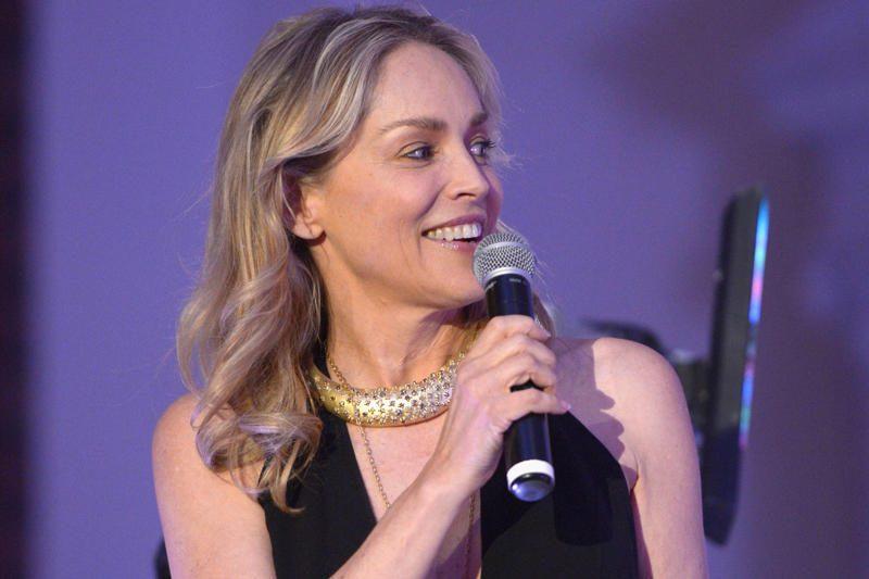 Buvusi auklė iškėlė Sharon Stone bylą dėl piktnaudžiavimo