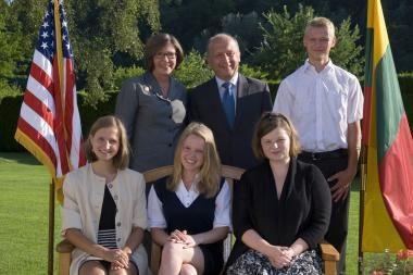 Keturi moksleiviai laimėjo stipendijas mokytis JAV