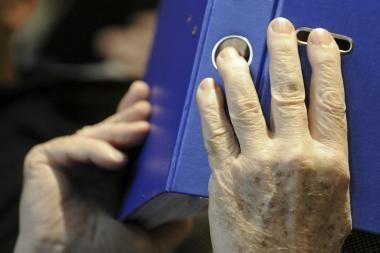 Kaune sukčiai iš senolės išviliojo per 20 tūkst. litų