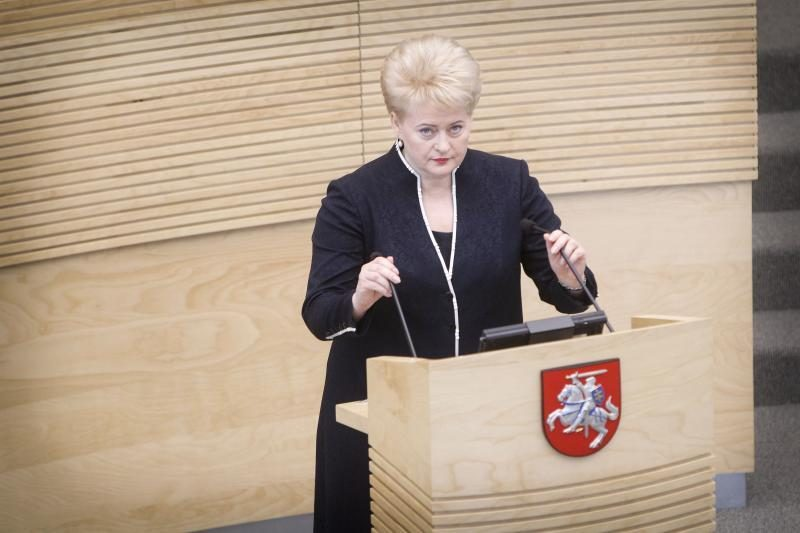 D. Grybauskaitė nekomentuoja premjero kalbų dėl euro