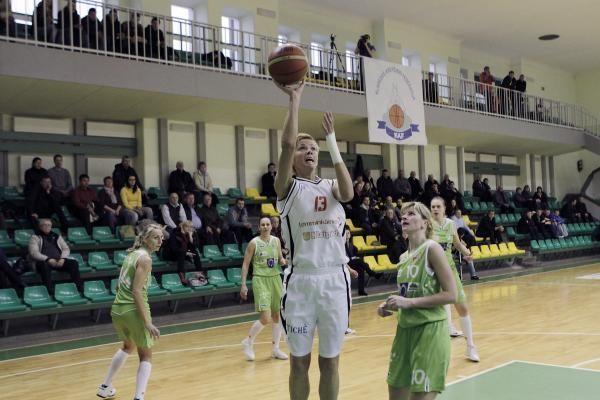 """Utenos krepšininkės pateikė staigmeną – įveikė """"Lemminkainen"""""""