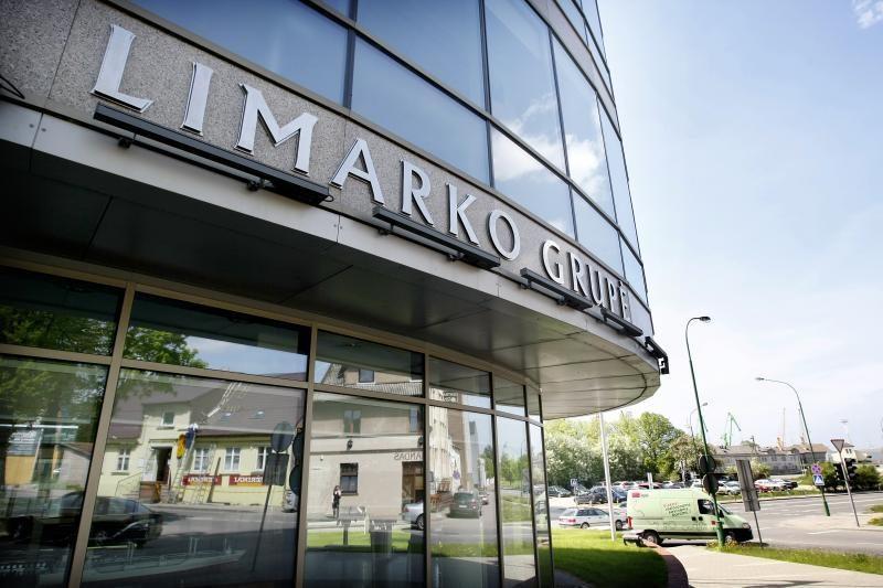 """""""Limarko laivininkystės kompanijos"""" pajamos sumažėjo beveik perpus"""