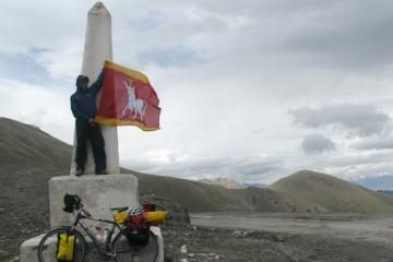 Kauno vėliava plevėsavo Kirgizijos kalnuose