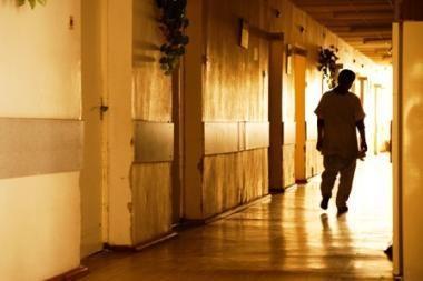 Šiaulių ligoninėje nudegę kūdikiai pervežami gydyti į Kauną