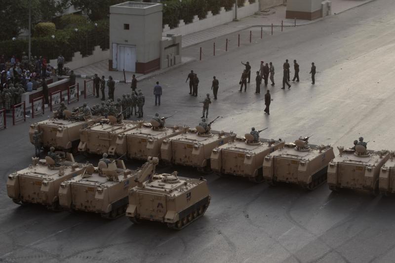Po kruvinų susirėmimų Kaire – masiniai areštai